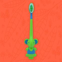 Cepillo color verde infantil con forma de elefante