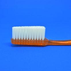 detalle del corte de cerdas del cepillo dental 3663